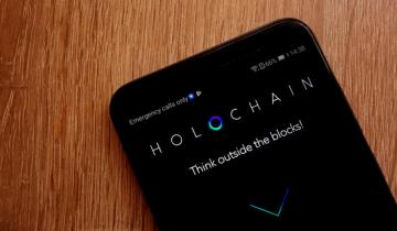 Holo (HOT) Soars 70% after Binance Announces Listing