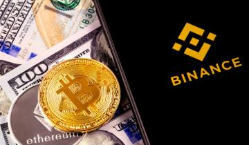 Binance Lists Paxos (PAX) Stablecoin as Critics Flag Back Door for Law Enforcement