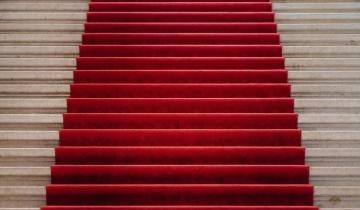 Bitcoin [BTC] regulators can roll out the red carpet or the red tape, says CryptoOracle official
