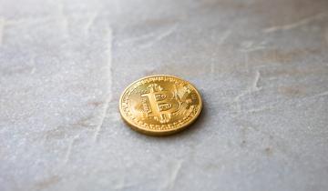 Bitcoin (BTC) Falls Under $3,900, Crypto Exchange CEO Unfazed
