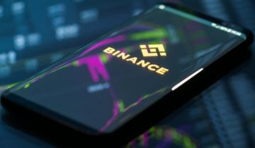 Binance CEO Criticized for Appearing to Advise Storing Crypto on Exchanges