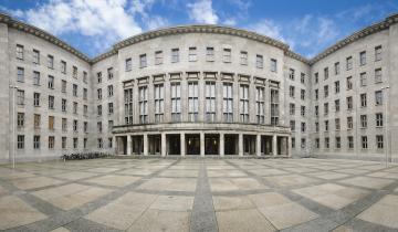 German Finance Ministry Calls for Regulated Blockchain Securities Market