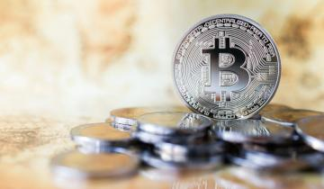 Silvers Rally May Be Fueled by Concerns About Bitcoins Status as a Safe Haven Investment