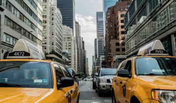 Small New York Bank Seeks Cryptocurrency Clients