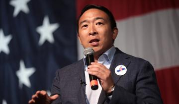 Presidential Candidate Andrew Yang Wants Blockchain Voting