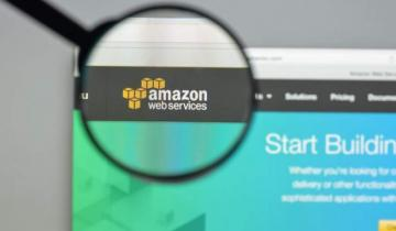 Breaking: Bitcoin Trades at $10 on an Asian Exchange Owing to AWS Malfunction; Binance, KuCoin Affected