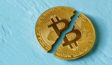 Rare Bitcoin Stale Block Event Sees $3 Double-Spend