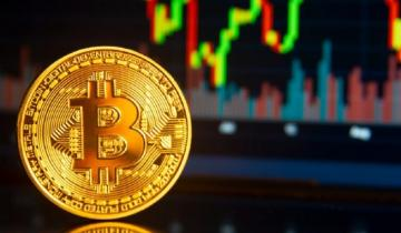 Bitcoin Price Analysis: BTC Surges And Breaks Consolidation Pattern – Can We Hit $8K Next?