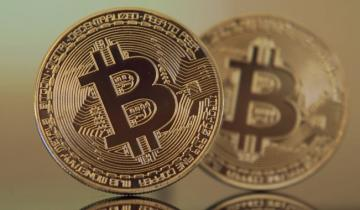 Bitcoin Price Could Hit $300,000 Post-Halving, Warren Buffet Expert Predicts