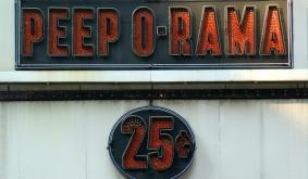 Bitcoin Cash, Chainlink, Tezos Price Analysis: 09 August