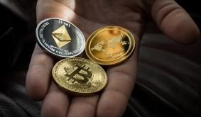 Bitcoin (BTC) surges above $60,000 to approach record peaks