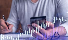 DeChart: Pioneering Data Aggregation Through DCH Token Sale